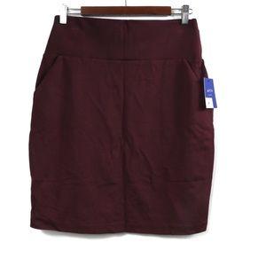 T477 Apt. 9 Burgundy Skirt Pockets Tummy Control